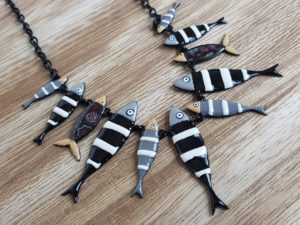 collier sardines lol lolilota