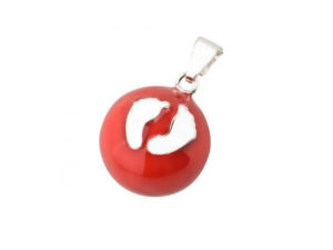 bola de grossesse rouge petits pieds