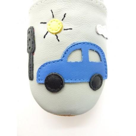 chaussons enfant voiture